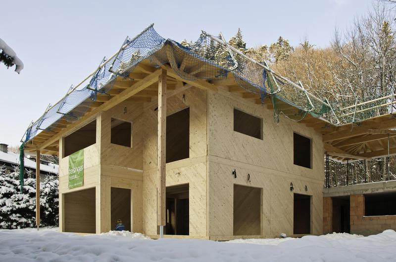 Thoma holz100 massivholzwand holzfertigh user produkte for Holzcontainer wohnen