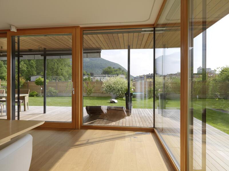 fenster und t ren wohnen home freisinger holzbau. Black Bedroom Furniture Sets. Home Design Ideas