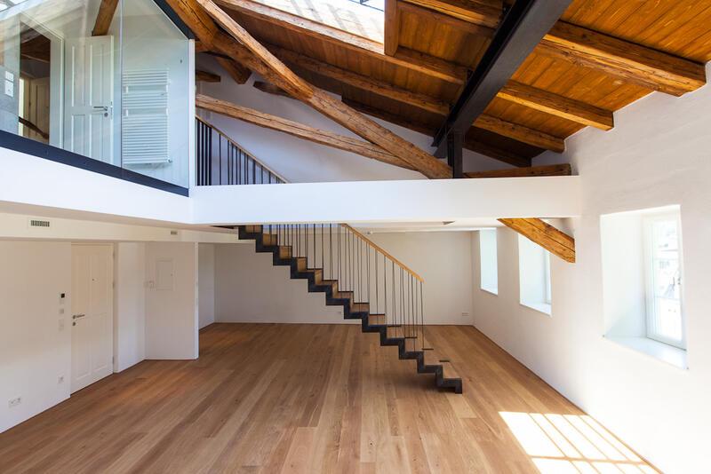 Treppen wohnen home freisinger holzbau for Interieur exterieur wohnen in der kunst